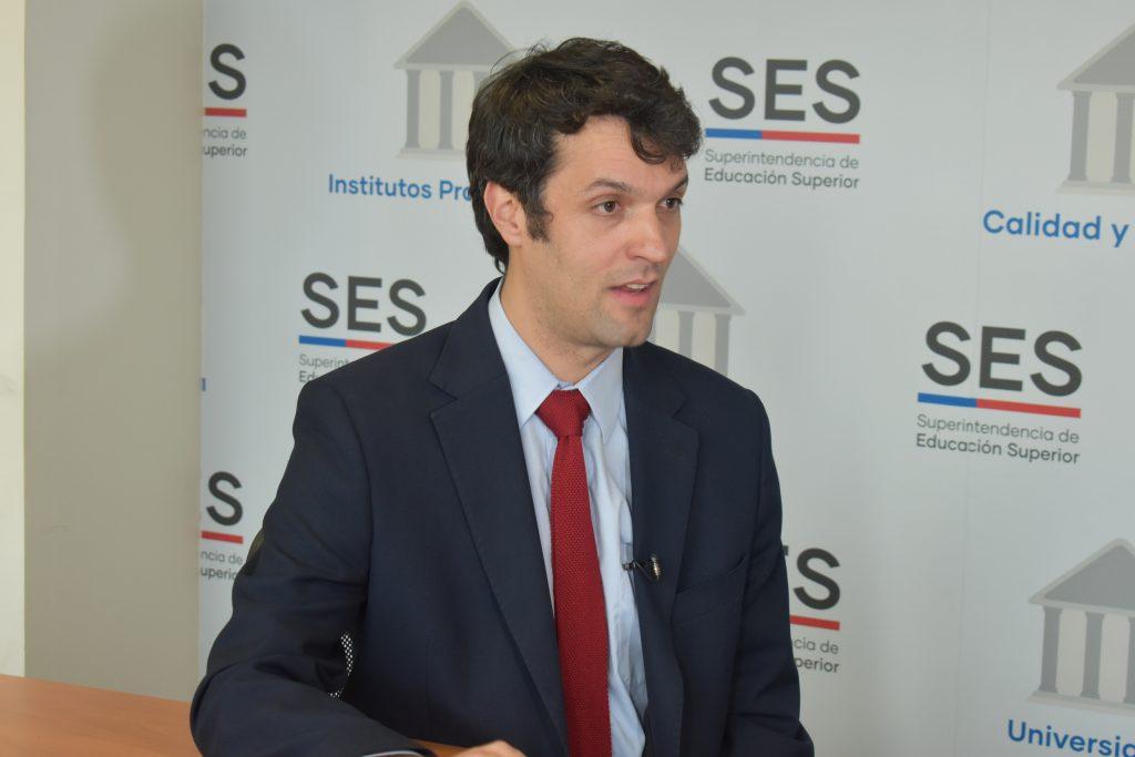 Superintendente de la SES, Jorge Avilés Barros